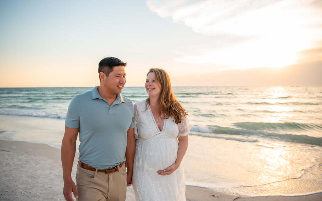 Sea Side Maternity Session with Chelsea and Hung at Clearwater Beach, Florida